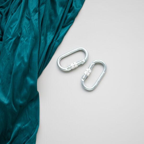 emerald aerial silk med to karabiner